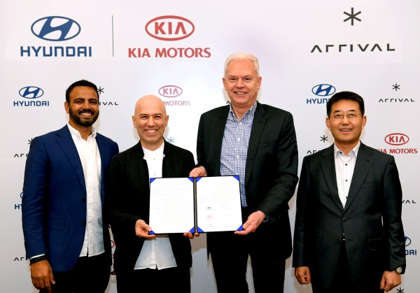 Hyundai and Kia Make Strategic Investment in Arrival signing ceremony 2